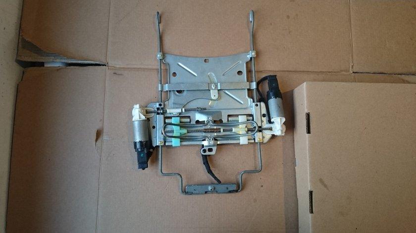 Motoras scaun reglaj lombar Audi Q7 4L (2005-2009) 907215-10A6 4F C6, A4 B7 B6 (2004-2007)