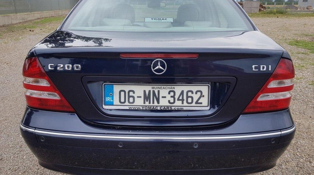 Motoras stergator Mercedes C-CLASS W203 2006 berlina 2.2