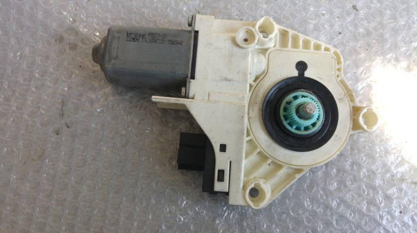 Motoras usa dreapta fata audi a6 4f c6 2004-2011 combi break 4f0959802b