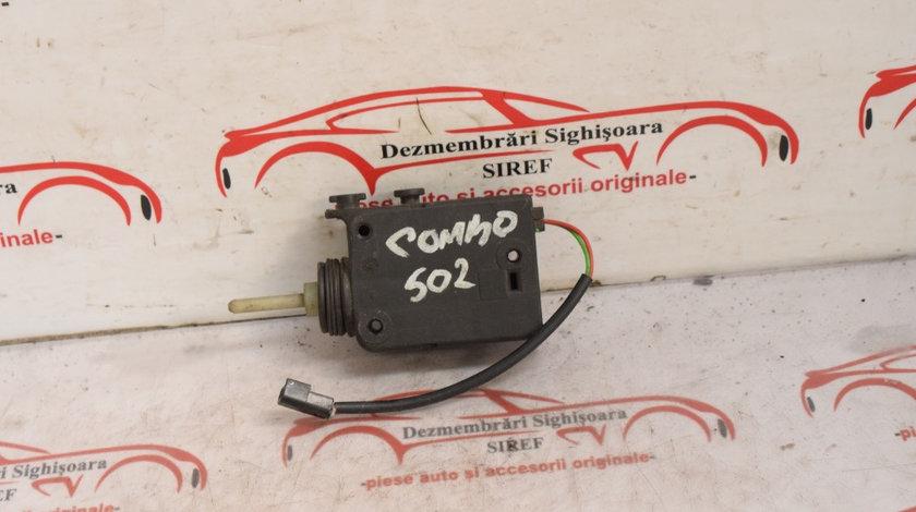 Motoras usa rezervor Opel Combo 2001 90587326 502