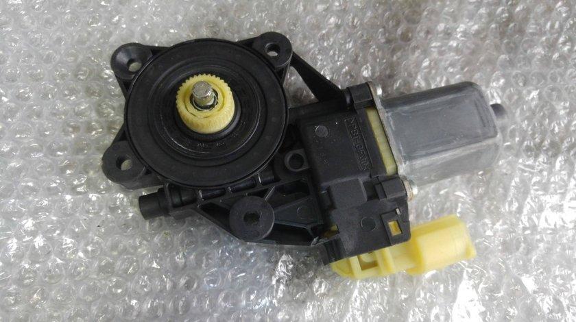 Motoras usa stanga mini cooper r56 2006-2013 in doua usi 0130822380