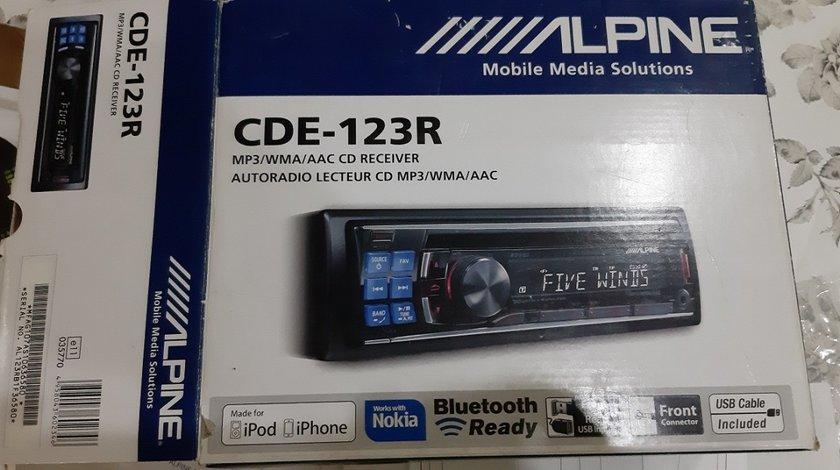 MP3 ALPINE CDE-123R , 2 x usb (fata + spate) bluetooth cu telecomanda ca nou