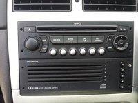 Mp3 Player cu tot cu magazie 5 CD BLAUPUNKT ORIGINALA Peugeot 307