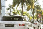 Naomie Harris si Range Rover Evoque Convertible