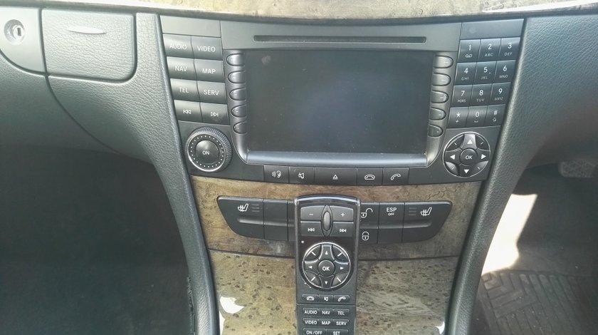 Navigati+telecomanda Mercedes E-class w211
