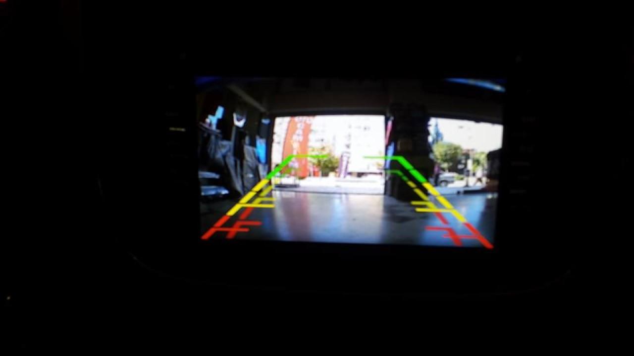 Navigatie Android 7.1 RENAULT SYMBOL FACELIFT 2GB RAM WAZE NAVD A5157