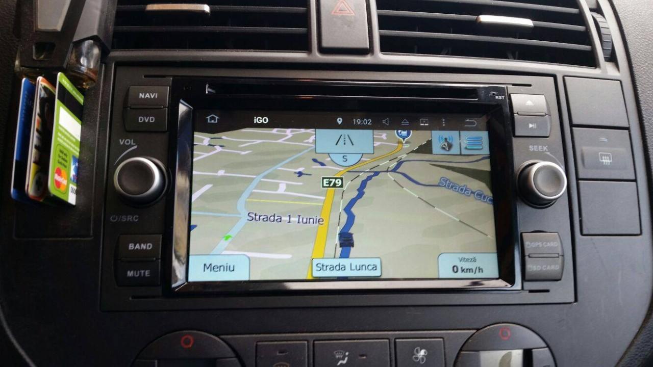 NAVIGATIE ANDROID 8.1 DEDICATA FORD S MAX ECRAN IPS 16GB DVD CARKIT USB SD GPS WAZE NAV-D9488B