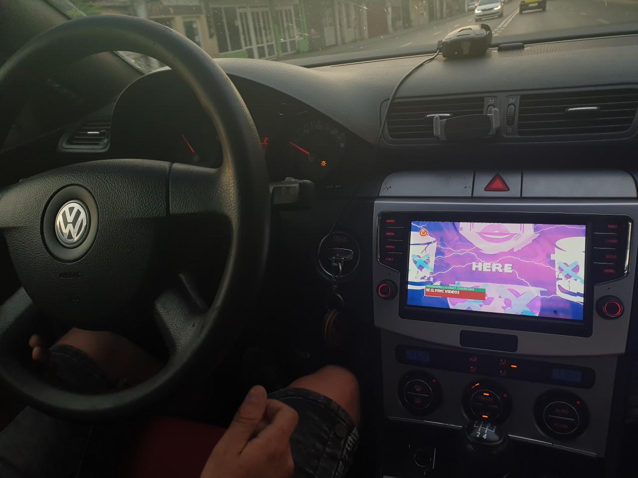 Navigatie Android Dedicata VW Passat B6 B7 CC MIB Style Slot SIM 4G WIFI GPS WAZE DSP Model MiB886