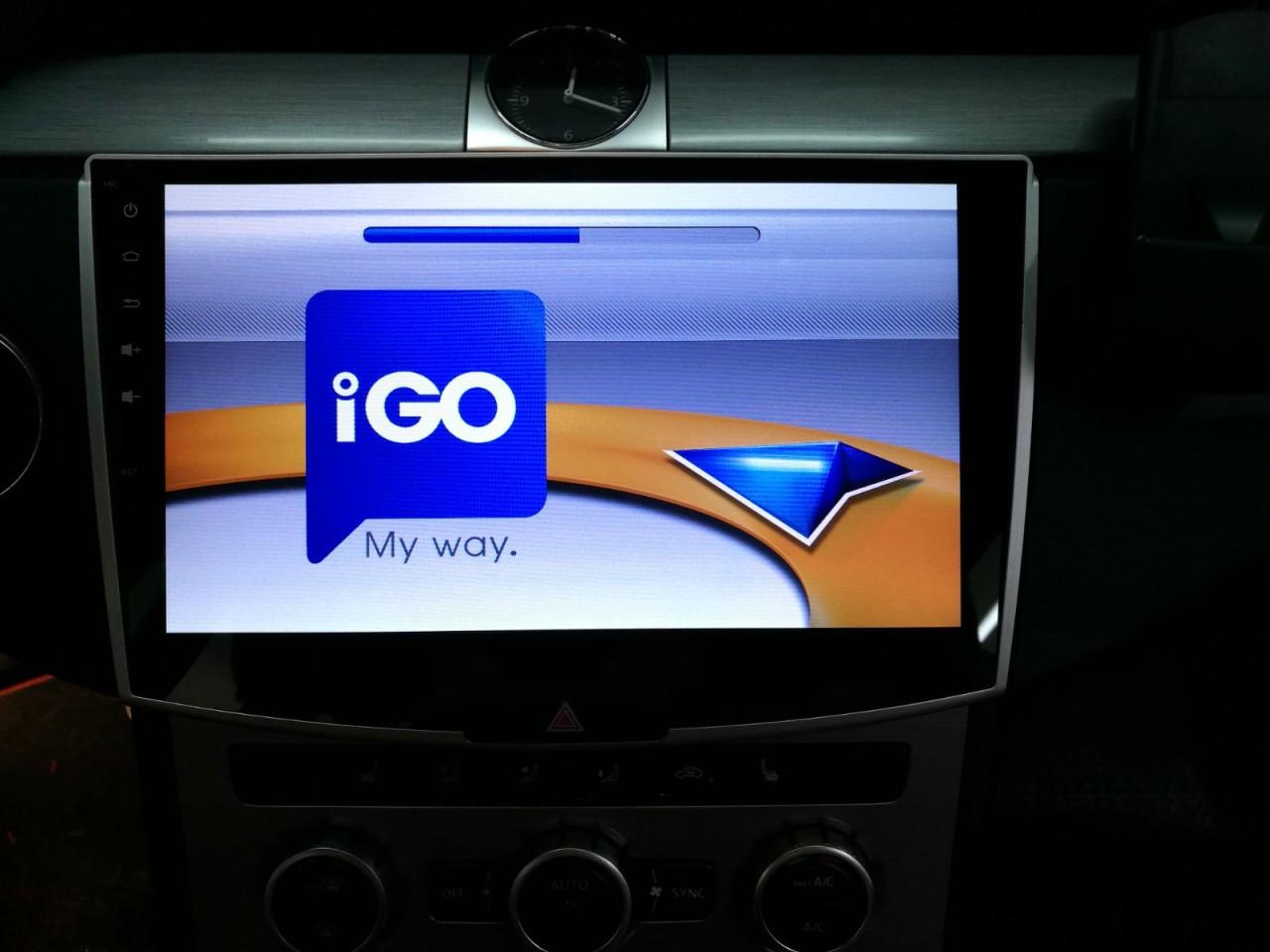 NAVIGATIE CARPAD ANDROID 7.1 DEDICATA VW PASSAT B7 CMP1001T3 TABLETA LCD 10.1'' INTERNET 4G DVR WAZE