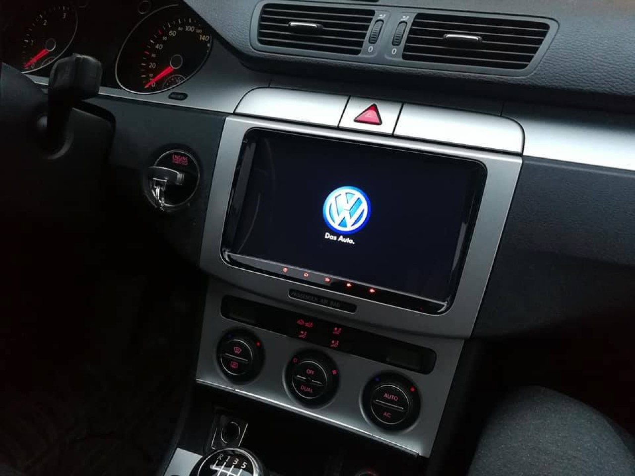 NAVIGATIE CARPAD ANDROID DEDICATA Seat Altea NAVD-MT9800 9'' 16GB 2GB RAM GPS WAZE CAMERA BONUS!