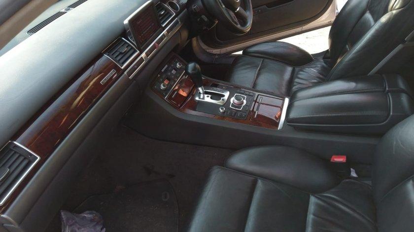 Navigatie consola mmi Audi A8 3.0tdi quattro asb 233hp 2002-09 motor a