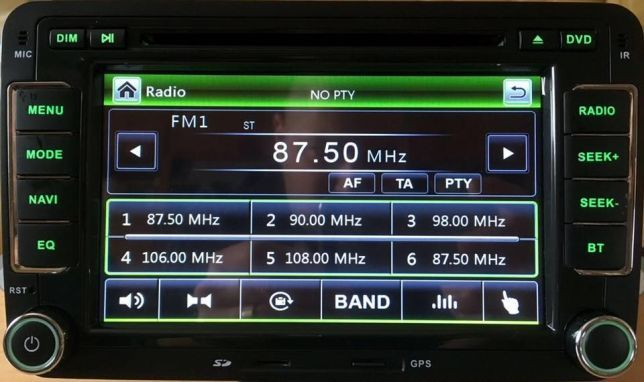 Navigatie Dedicata VW Amarok Dvd Gps Carkit Usb NAVD-723V V5