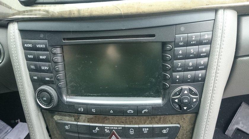 Navigatie Mercedes CLS 350 W219
