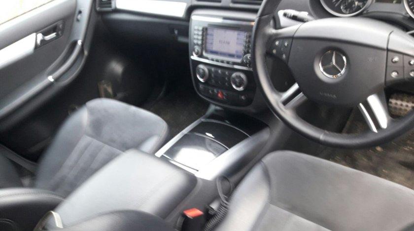 Navigatie Mercedes R-CLASS W251 2008 suv 3.0