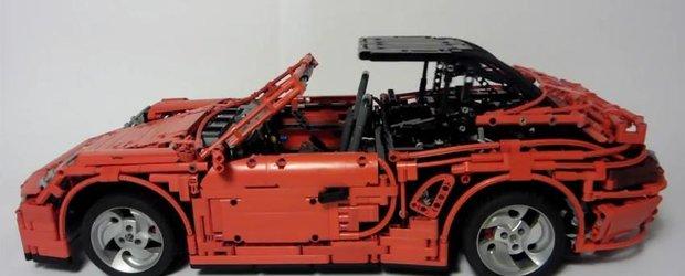 Nebunie in forma pura: noul Porsche 911 din LEGO, cu tractiune integrala, cutie PDK, frane cu disc, etc.