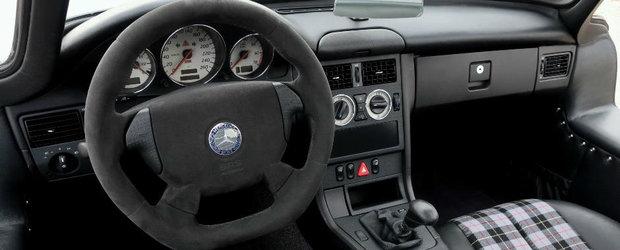 NEBUNIE TOTALA! Motivul pentru care acest Mercedes SLK din anul 2000 costa 200.000 de euro
