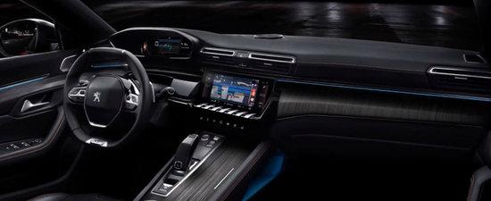 Nemtii de la VW vor intra in sedinta la vederea acestor imagini. Uite cum arata noul Peugeot 508, rivalul de moarte al lui Passat
