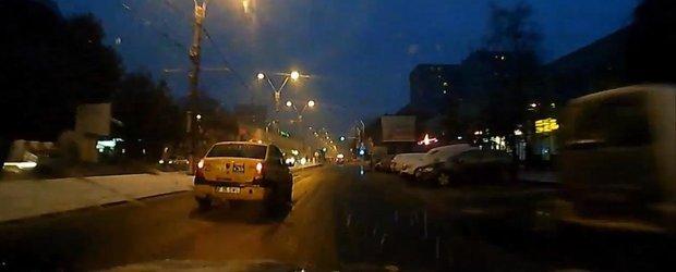 Nesimtirea soferilor din Bucuresti: reguli uitate la prima ninsoare