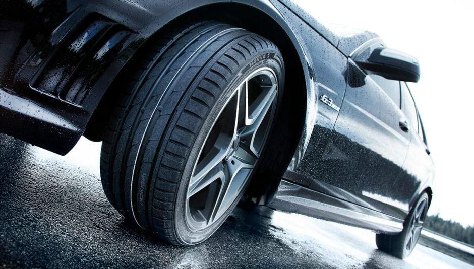 Nimic nou aici: soferii din Romania recunosc ca anvelopele premium sunt cele mai sigure