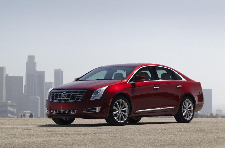 Noi imagini cu Cadillac XTS