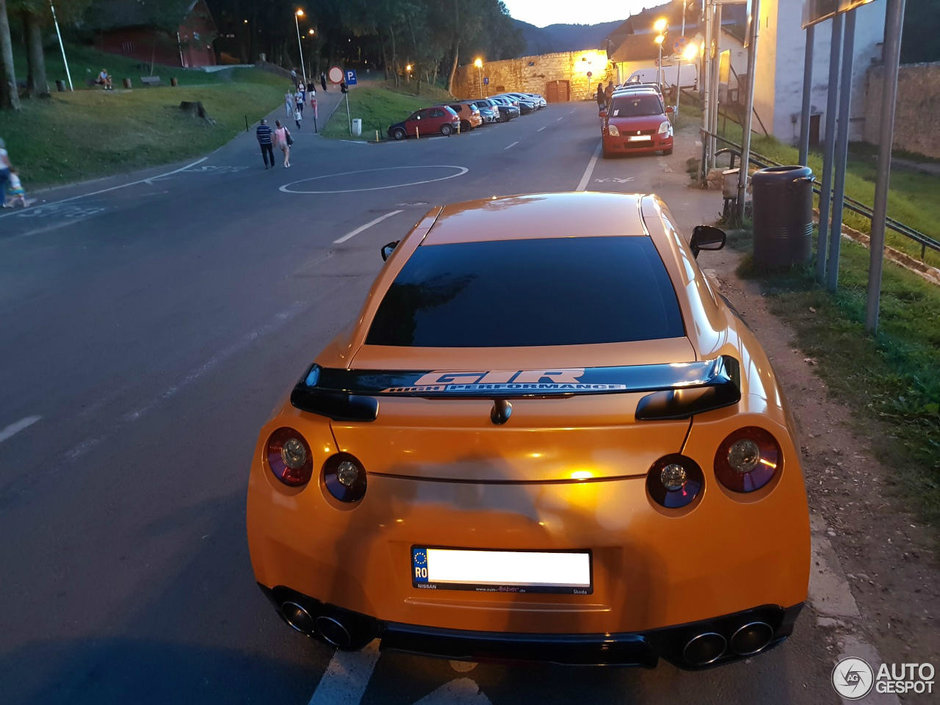 Noi masini tari in Romania
