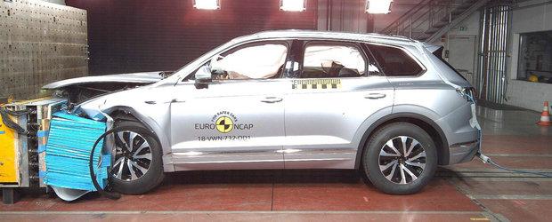 Noile Audi A6 si Volkswagen Touareg au fost izbite din toate partile. Specialistii EuroNCAP le-au acordat punctajul maxim