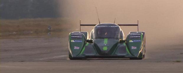NOU RECORD DE VITEZA: Cea mai rapida masina electrica atinge 328.6 kilometri pe ora!