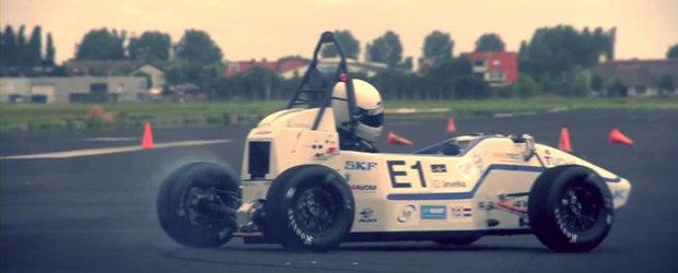 NOU record mondial: Masina care face 0 - 100 km/h in 2.15 secunde!