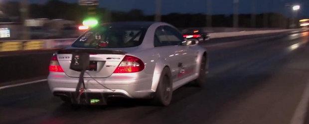NOU record mondial: Priveste in actiune cel mai rapid Mercedes din lume!