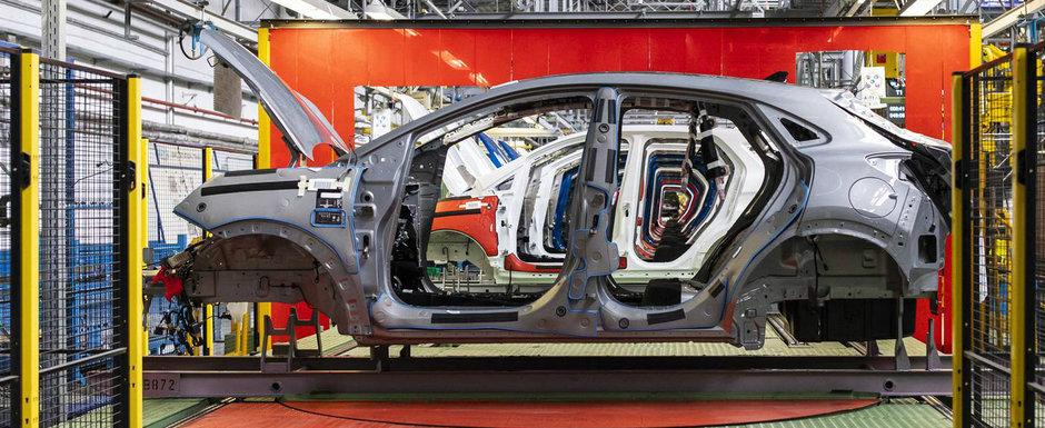 Noua masina construita in Romania a intrat in productie. Imagini de pe linia de asamblare