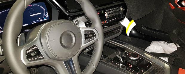 Noua masina de la BMW, surprinsa cu interiorul la vedere. Cum arata ceasurile digitale montate de bavarezi