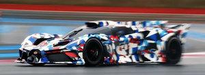 Noua masina de la Bugatti a fost surprinsa in teste si arata diferit de tot ce vand acum francezii. VIDEO