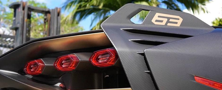 Noua masina de la Lamborghini este OZN pe roti. El si-a comandat-o cu fibra de carbon la vedere