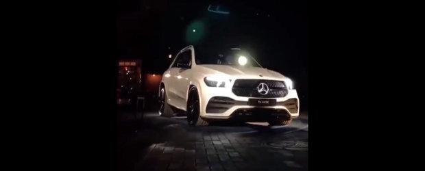 Noua masina de la Mercedes are cea mai tare suspensie din lume. Trebuie sa vezi neaparat cum functioneaza!