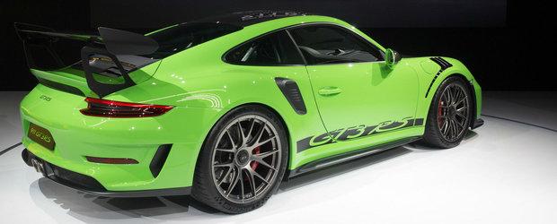 Noua masina de la Porsche le-a stins lumina americanilor. Dotarile costa mai mult decat un Golf nou-nout