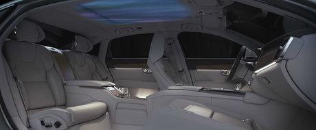 Noua masina de la Volvo are un interior unic in lume: trei scaune individuale si un plafon care afiseaza aurora boreala