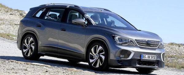 Noua masina de la VW a fost surprinsa camuflata in Peugeot. FOTO ca sa te convingi si singur