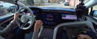 Noua masina de serie de la Mercedes e la ani lumina in fata rivalilor: are display curbat de 55 de inch! Cum arata in realitate