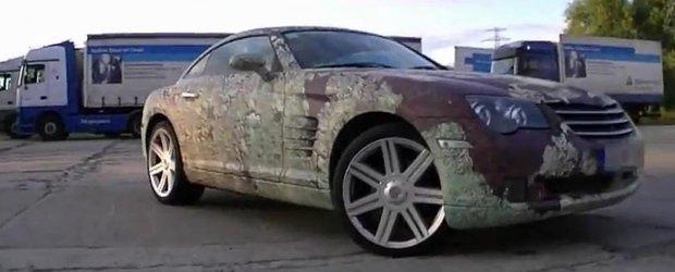 Noua moda auto: infolierea masinii cu... RUGINA!