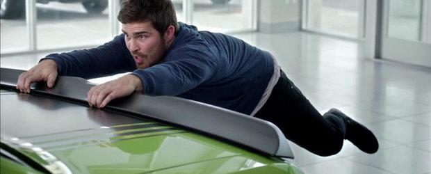 Noua reclama la Dodge Challenger e tare amuzanta