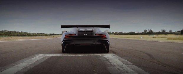 Noul Aston Martin Vulcan de 800 cp suna demential, ia startul la Goodwood