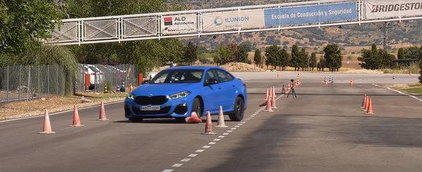 Noul BMW M235i Gran Coupe s-a facut de ras la testul elanului. VIDEO ca sa te convingi si singur