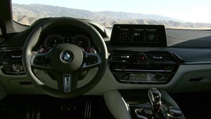 Noul BMW M5 - Design Interior