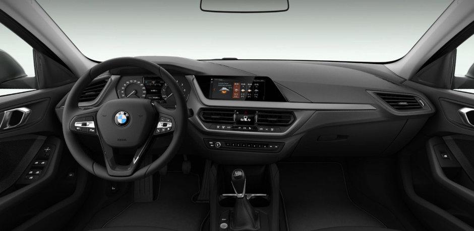 Noul BMW Seria 1 - Versiunea de baza