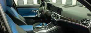 Noul BMW Seria 3, asa cum probabil nu o sa-l mai vezi niciodata. Cum arata sedanul bavarez cu piele albastra la interior