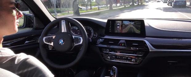 Noul BMW Seria 5 pune sistemul de parcare autonoma la treaba