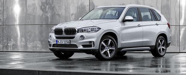 Noul BMW X5 xDrive40e se lauda cu 313 CP si 3.3 litri la 100 kilometri