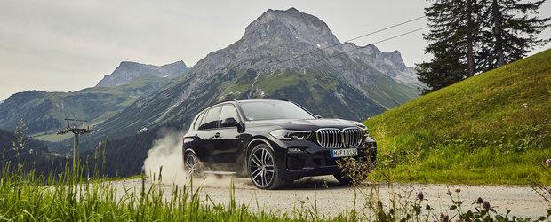 Noul BMW X5 xDrive45e are tot ce ti-ai putea dori. Aproape 400 CP sub capota si consum mai mic decat al unui scuter