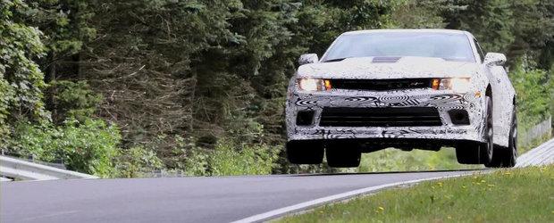 Noul Camaro Z28 este prima masina din lume dotata cu un mod 'Flying Car'!