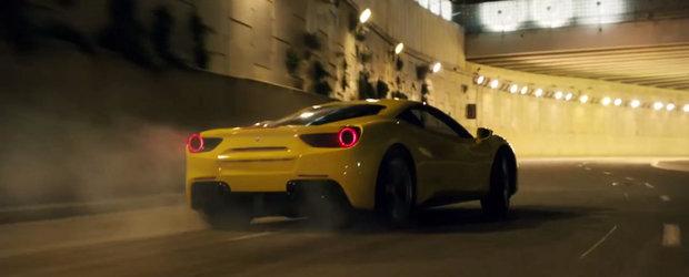 Noul Ferrari 488 GTB iese la joaca pe strazile Barcelonei pentru a promova uleiurile Pennzoil